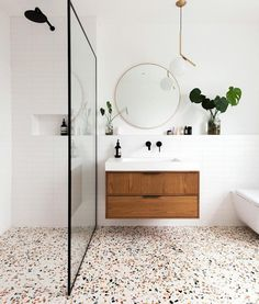 D cor do dia banheiro moderno com piso de granilite scandinavianfarmhousestyle modern bathroom style inspiration # Bathroom Interior, Modern Bathroom, Small Bathroom, Navy Bathroom, Bathroom Wall, Bathroom Ideas, Bathroom Inspo, Bathroom Organization, Bathroom Storage