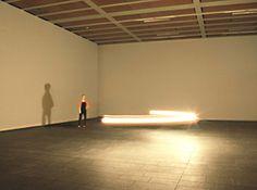 Gunda Foerster, CIRCLE, Light Bulb, 2004