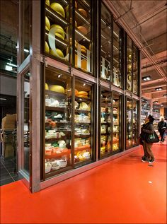 Recently went to Maple Leaf Gardens Loblaws and I thoroughly enjoyed the experience I was with a good friend. Love the big cheese wall. We had a range of delicious salads from the salad bar. A band was playing so there was a great atmosphere.