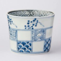 0001 Ceramic Decor, Ceramic Pottery, Ceramic Art, Japanese Ceramics, Japanese Pottery, Kind Of Blue, Blue And White, Blue China, Pottery Studio
