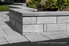 Pavé-uni - Aménagement paysager - Paysagement 450 983-6661  info@jl-paysagement.com  jl-paysagement.com Driveway Landscaping, Walkway, Landscaping Ideas, Front Entrances, House Front, Flower Beds, Garden Paths, Curb Appeal, Exterior Design