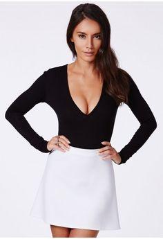 Guanita Long Sleeve V-Neck Bodysuit - Tops - Bodysuits - Missguided