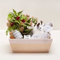 Holiday Home Gift with Flowers from Hollyflora