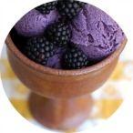 Blackberry frozen yogurt