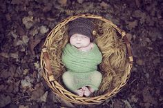 LOVE THIS, going to start collecting pretty leaves for my late October newborn session!!! Fall newborn shot