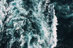rushing water gulf of mexico photo from Caleb George on Unsplash. 6 Photos, Stock Photos, Ocean Photos, Ocean Pictures, Free Photos, 1440x2560 Wallpaper, Fashion Wallpaper, Laptop Wallpaper, Photo Café