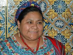 mujeres salvando el mundo: Rigoberta Menchu Nobel Da Paz, Nobel Peace Prize, Ethnic Fashion, Men And Women, Sari, World, Human Rights, Women, Hipster Stuff