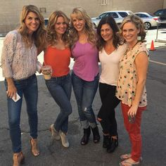 "[ew_brightcove videoid=""4515214788001"" pushTop] Since their first table read, the Fuller House cast has documented plenty of behind-the-scenes fun from the upcoming Netflix series -- and this weekend was no exception."