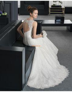 Köpeny/Oszlop Kápolna uszály Klasszikus és időtálló Menyasszonyi ruhák 2015