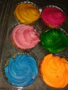 #Cup cakes 6 different flavours