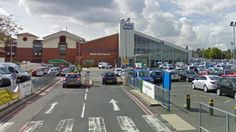 Two NHS leaders are to take on running a struggling hospital trust in Birmingham.