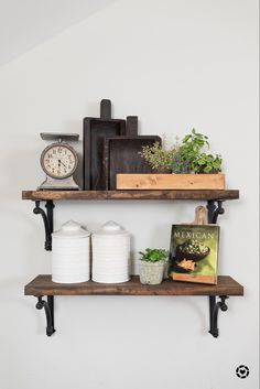 Dining Room Shelves, Kitchen Wall Shelves, Kitchen Shelf Decor, Modern Kitchen Wall Decor, Floating Shelves Kitchen, Kitchen Decorations, Decorating Kitchen, Wood Shelves, Modern Farmhouse Kitchens