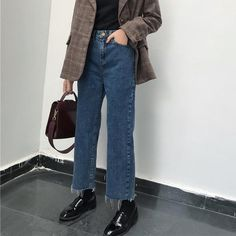 Mode Outfits, Jean Outfits, Casual Outfits, Fashion Outfits, Womens Fashion, Wide Leg Denim, Wide Leg Jeans, High Waist Jeans, Ankle Jeans