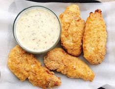 A delicious version of Buffalo Wild Wings Garlic Parmesan Dipping Sauce. This creamy sauce is full of complex flavors that would go great with chicken, chicken wings or as a salad dressing. Dipping Sauces For Chicken, Chicken Wing Sauces, Chicken Recipes, Chicken Wings, Chicken Tenders, Garlic Parmesan, Garlic Minced, Copycat Recipes, Sauces