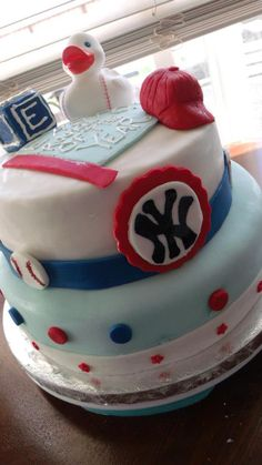 Baseball Baby Shower Cake. obviously NOT the Yankees part.