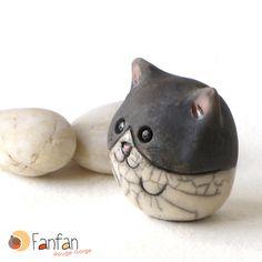 Petit chat boule en céramique Raku : Accessoires de maison par fanfan-rouge-gorge