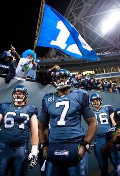 Tarvaris Jackson and teammates.   #favoriteseahawksphoto http://blog.seahawks.com/tag/photos/