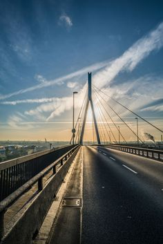 Foto aus Hamburg Köhlbrandbrücke Sonnenaufgang   Bildschönes Hamburg
