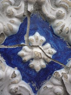 Portuguese Tiles, blue & white ceramic azulejos photographed by Shelley Pascual. via flickr