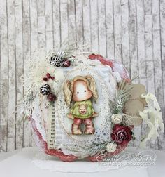 Hi there! Did you know that Magnolia have a different Advent Calendar this year? It is called Yule Tube:) And each day there will be a ...