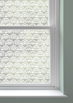 Metroland is a linear repeat of the suburban houses that feature in Mini Moderns' best selling Paisley crescent wallpaper. This design also forms the basis of our range of enamelware.We are...