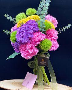 Spring Bouquet 💐  #bouquetofflowers #freshflowers #justflowerch #justforyou #schnittblumen #blumenstrauss #floristik #flowerdesign #florist Spring Bouquet, Floral Wreath, Just For You, Wreaths, Plants, Instagram, Flowers, Decor, Giving Flowers