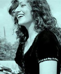 Madhubala Bollywood Photos, Bollywood Stars, Most Beautiful Indian Actress, Beautiful Actresses, Classic Beauty, Timeless Beauty, Pretty People, Beautiful People, Vintage Bollywood