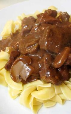 Recipe for Crockpot Beef Tips & Gravy - Comfort food at its very best! Crockpot Beef Tips & Gravy is the perfect meal to delivery homemade flavors with the ease of a slow cooker. Beef Tip Recipes, Cooking Recipes, Beef Tips Recipe Oven, Cooking Ideas, Crockpot Recipes Beef Tips, Yummy Recipes, Beef Meals, Recipe Tips, Skinny Recipes