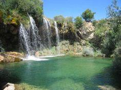 Ruta_45 Albarracín, Cascada del Molino de San Pedro y Cascada del Molino Viejo. (Teruel) – senderosesotericos Mexico Travel, Spain Travel, Beautiful Waterfalls, Beautiful Landscapes, Aragon, Valencia, Places To Travel, Places To See, Places Around The World