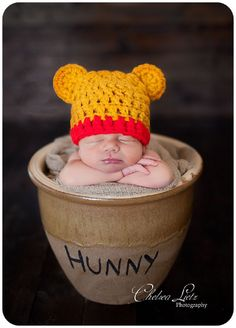 Newborn Baby Boy Photography,Oh my hunny! :) Winnie the Pooh baby! Newborn Shoot, Baby Boy Newborn, Baby Boys, Baby Gap, Bebe Love, Foto Baby, Everything Baby, Baby Kind, Newborn Pictures