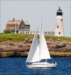 The Wood Island lighthouse, located near Biddeford Pool, Maine: Built in 1808 Maine Lighthouses, Lighthouse Pictures, Yacht Design, Windmill, The Places Youll Go, New England, Sailing, Beautiful Places, Scenery