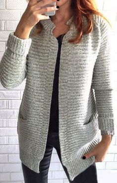 a not-too-baggy-but-still-cozy-looking cardigan                                                                                                                                                     Mais
