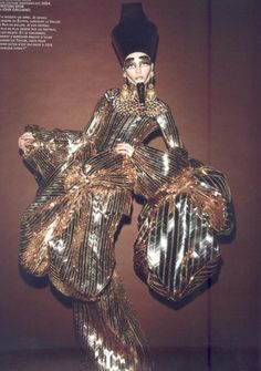 a9f2d5b4ee18 John Galliano for Christian Dior Spring Summer 2004 Haute Couture