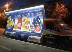 la tua pubblicità dove vuoi, anche quando fuori è buio. http://www.santorografica.com/camion-vela.php  servizio camion vela pubblicitario santorografica. I nostri camion vela pubblicitari sono provvisti di un sistema di illuminazione dei pannelli che permette di rendere visibile il tuo messaggio promozionale in qualsiasi circostanza, garantendoti il massimo della visibilità in qualsiasi momento.  #camion #vela #pubblicitari #pubblicità #santorografica #solodasantorografica