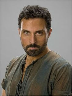 """Rufus Sewell stole the show as Tom the Builder in """"The Pillars of the Earth"""" ♥ (2010)"""