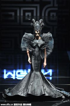 Traditional Chinese elements dazzle at China Fashion Week in Beijing