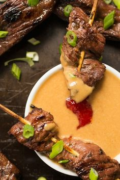 Beef Satay Skewers with Peanut Dipping Sauce. These mouth-watering Thai Beef Satay Skewers are tangy, slightly spicy and perfectly balanced with a cool and creamy peanut dipping sauce. Appetizer Dishes, Yummy Appetizers, Appetizer Recipes, Thai Appetizer, Skewer Appetizers, Kabob Recipes, Beef Dishes, Food Dishes, Dishes Recipes