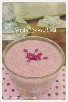 Puolukkaunelma Smoothies, Goodies, Food And Drink, Pudding, Sweet, Desserts, Recipes, Koti, Pineapple
