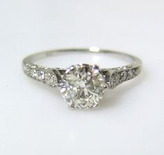 antique engagement ring. 1920's Absolutely LOVE