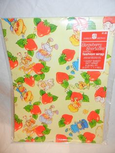 Strawberry Shortcake - Wrapping Paper