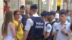 In de Brusselse Nieuwstraat werd een dame bestraft met een GAS-boete van 50 euro voor het op straat werpen van een kersenpit, meldt Het Laatste Nieuws. De boete kaderde in de praktijkervaring van aspirant-agenten. Een pr-stunt gone wrong.