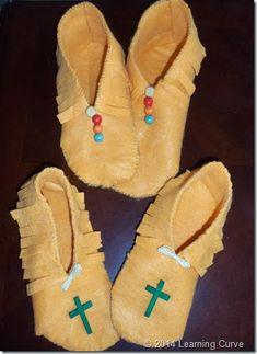 Oral Presentation and Moccasins 079 Native American Moccasins, Native American Regalia, Doll Crafts, Diy Doll, Fun Crafts, How To Make Moccasins, American Girl Diy, Leather Workshop, Indian Crafts