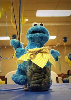 Cookie Monster cookie jar centerpiece Baby Birthday Themes, Boy Baby Shower Themes, 1st Boy Birthday, 2nd Birthday Parties, Sesame Street Party, Sesame Street Birthday, Monster Centerpieces, Sesame Street Centerpiece, Elmo And Friends