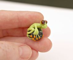 Frankie the Green Glass Frog Bead by blancheandguy on Etsy