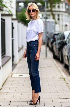 Como style camiseta branca e calça jeans