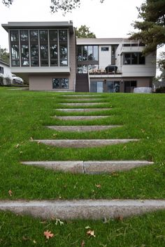 Landscaping Hillside Sloped Yard - Slope hillside landscaping a sloped yard Landscape Stairs, Landscape Architecture, Landscape Design, Garden Design, Hillside Landscaping, Modern Landscaping, Hard Landscaping Ideas, Hillside Garden, Florida Landscaping