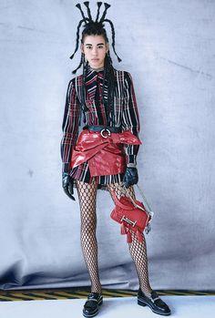 Official site of Giovanna Battaglia Engelbert . Contributing Fashion Editor to W Magazine, Senior Fashion editor at Vogue Japan. Haute Couture Style, Couture Mode, Couture Fashion, Fashion Art, Autumn Fashion, Fashion Outfits, Fashion Trends, Fashion Tips, Fashion 2018