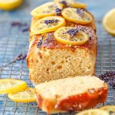 This Easy Lemon Lavender loaf is refreshing citrus bread full of goodness! Top i… This Easy Lemon Lavender Bread is a refreshing citrus bread full of goodness! Cover with candied lemon slices or icing and enjoy with a cup of coffee. Candied Lemon Slices, Candied Lemons, Lemon Loaf Cake, Lemon Bread, Köstliche Desserts, Dessert Recipes, Cake Au Miel, Beef Recipes, Baking Recipes