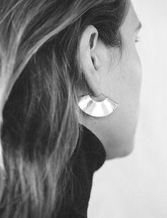 Kathleen Whitaker small fan earring silver
