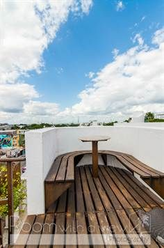 Modern 3-bedroom penthouse in Downtown Playa del Carmen $399,000 USD